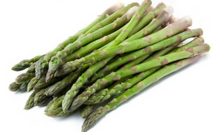 En bunt med asparges.