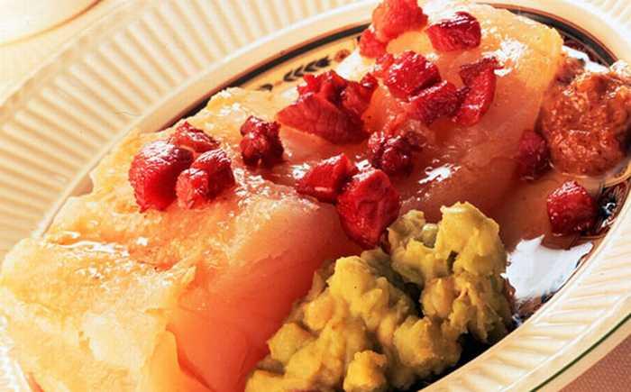 Lutefisk med bacon og ertestuing
